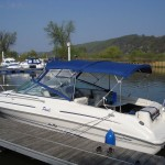 Sea Ray 215 EC am Steg